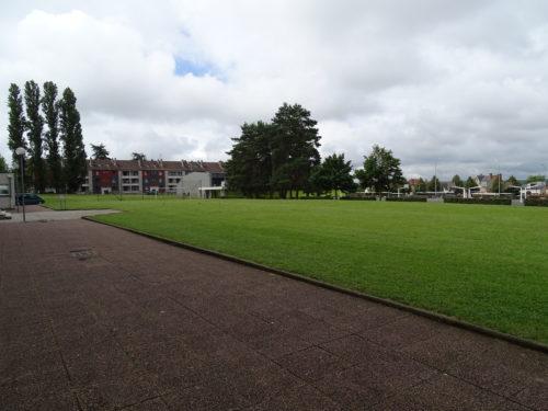 Lycée PG de Gennes - un espace formation entouré de verdure