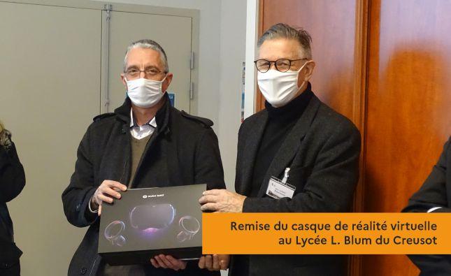 Remise du casque de réalité virtuelle au Lycée L. Blum du Creusot