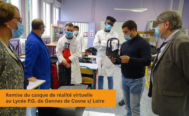 Remise du casque de réalité virtuelle au Lycée P.G. de Gennes de Cosne s/ Loire