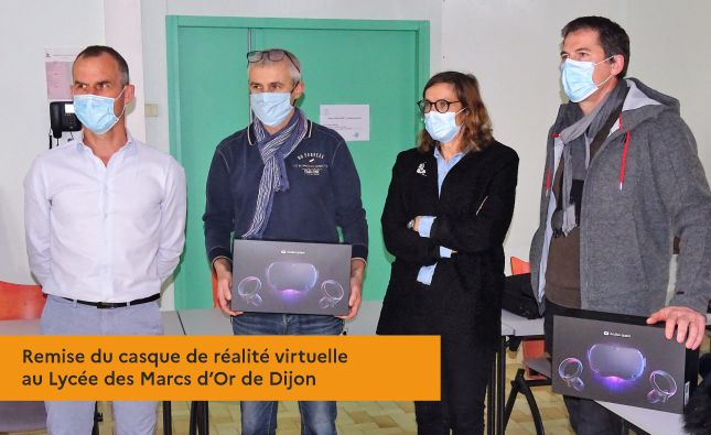 Remise du casque de réalité virtuelle au Lycée des Marcs d'Or de Dijon